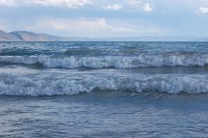 lakewaves